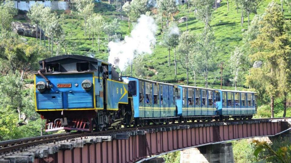 Coimbatore-Ooty-Kodaikanal-Munnar-Thekkady-Alleppey-Coimbatore